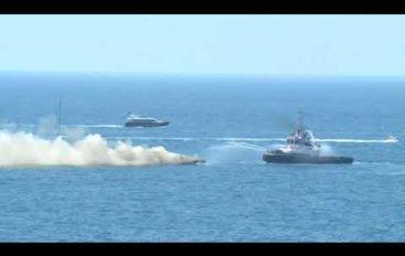 A fuoco uno yacht al largo di Portovenere