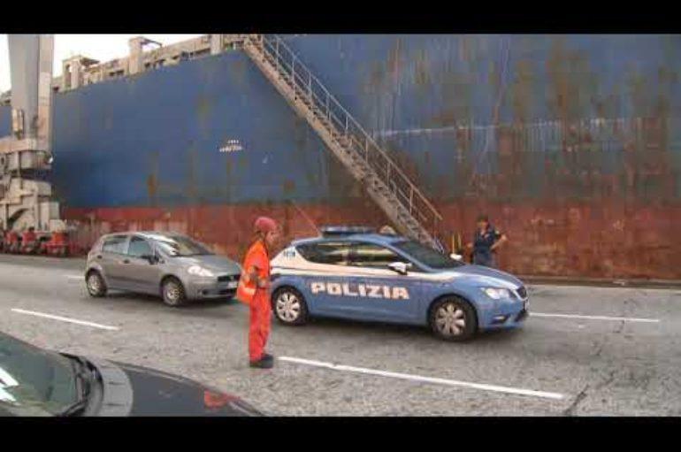 Clandestini trovati a bordo di una nave alla Spezia