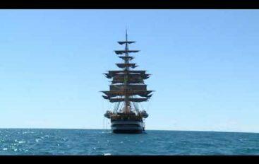 Nave Vespucci compie 90 anni